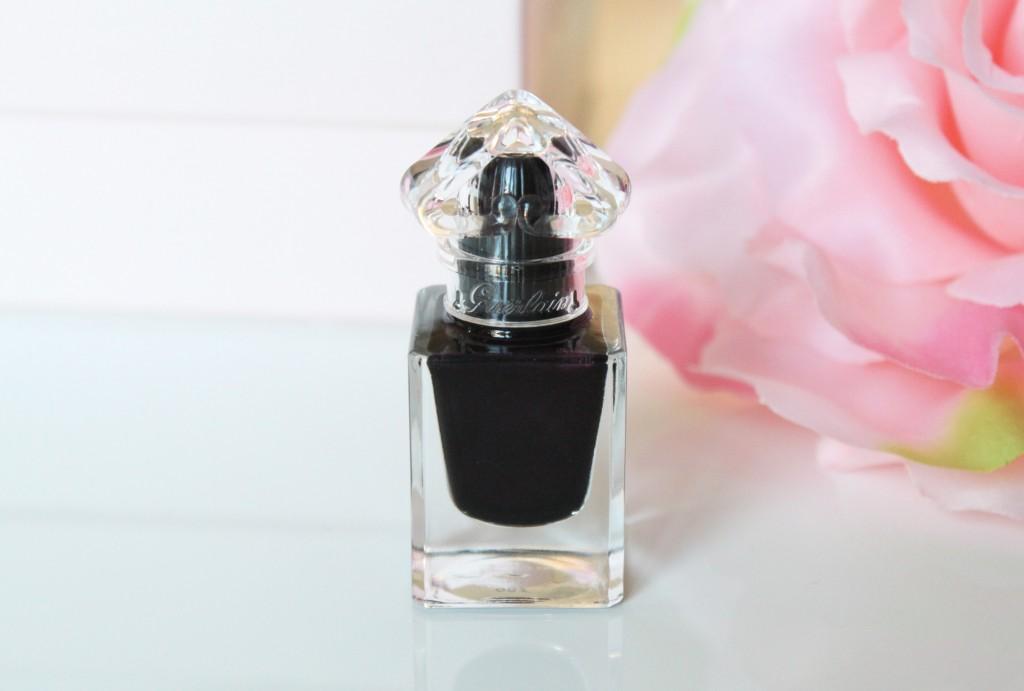 bouteille vernis la petite robe noire