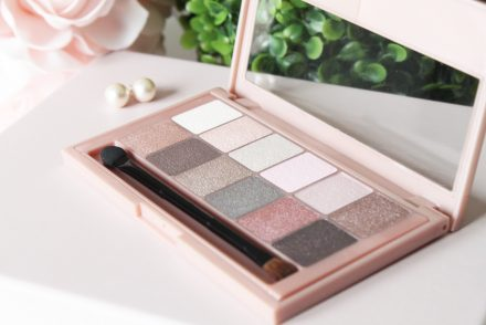 maybelline palette the blushed nudes
