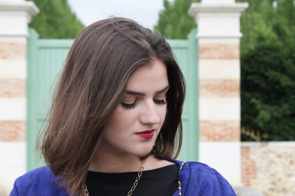 camille bleu roi