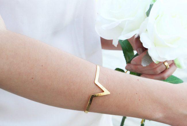 bracelet manchette ouvert V luna pyxis copie 3
