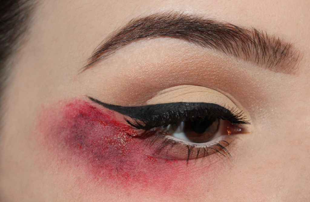 bloody-liner-2