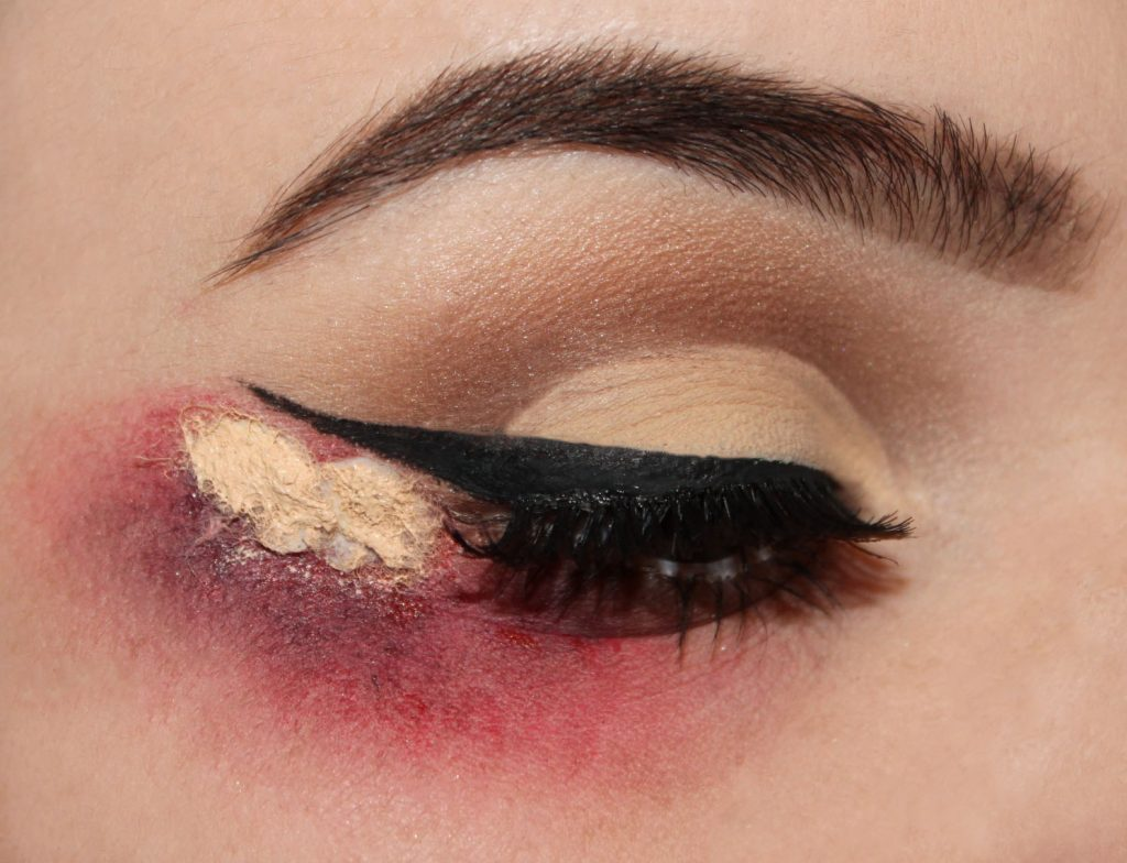 bloody-liner-3