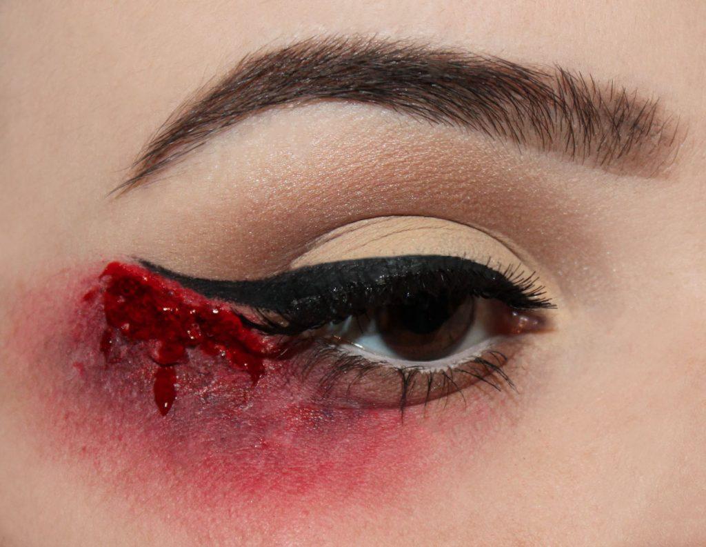 bloody liner halloween