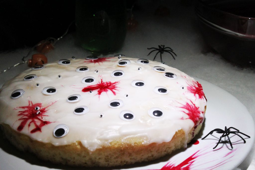 lemon-vegan-cake-halloween