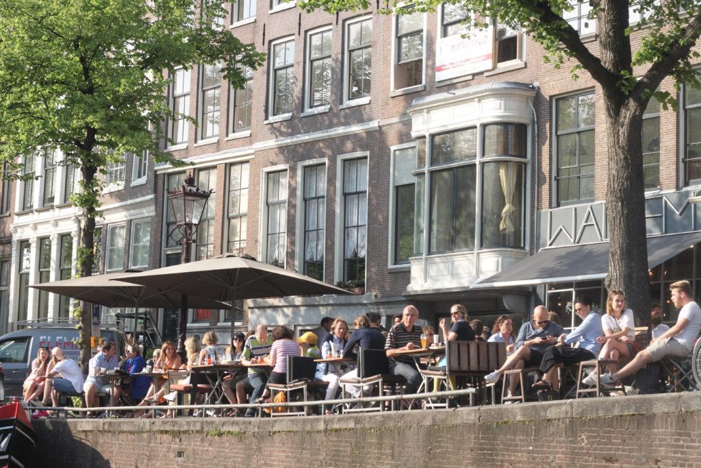 bar canal amsterdam